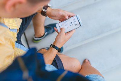 การศึกษาพฤติกรรมการใช้งานเครือข่ายสังคมออนไลน์ของนักศึกษาหลักสูตรบริหารธุรกิจบัณฑิต สาขาวิชาคอมพิวเตอร์ธุรกิจ มหาวิทยาลัยสวนดุสิต ศูนย์การศึกษานอกที่ตั้ง ตรัง